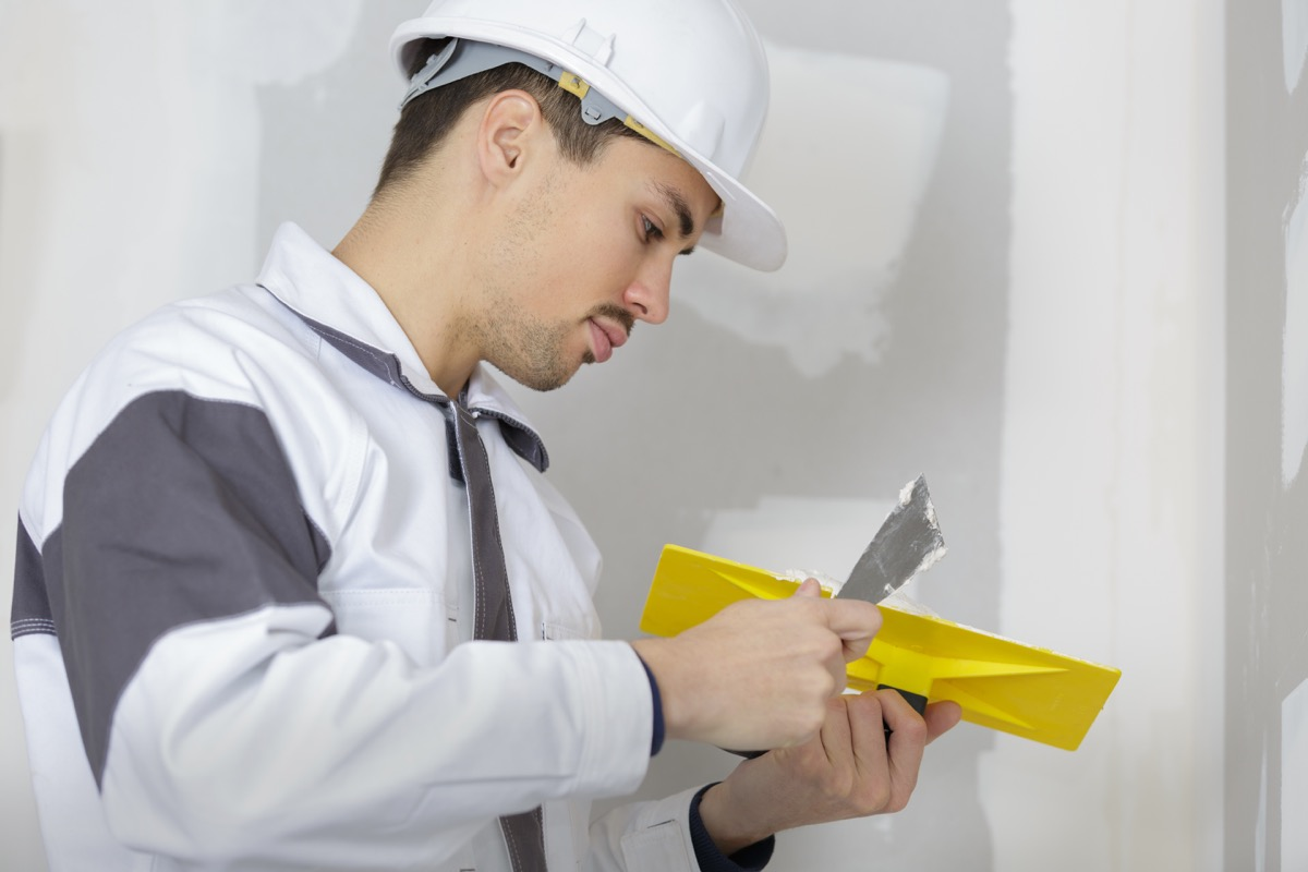 WHAT TO DO WHEN CONSTRUCTIONS DEFECTS APPEAR IN YOUR NEW PROPERTY
